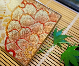 AGJ Original Kimono-Glass Dish / Plate Cherry blossoms Nishijin Yuzen Kyoto