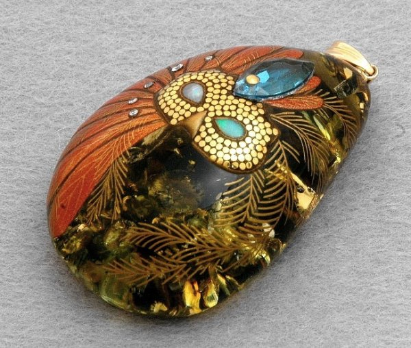 "Photo1: Pendant ""Mask"" Maki-e Jewelry Amber Japanese (1)"
