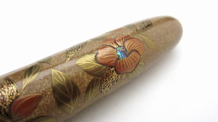 AGJ Maki-e Fountain Pen Camellia11