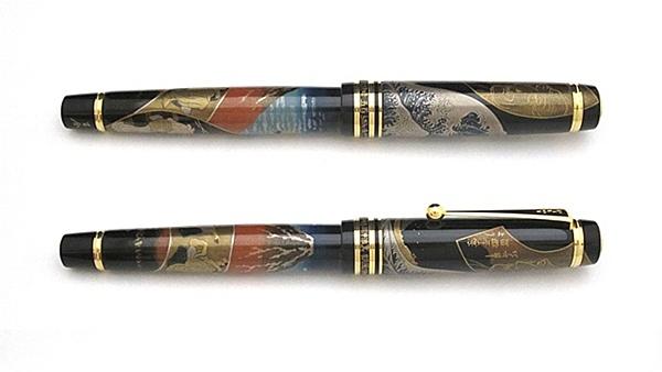 AGJ Maki-e Fountain Pen Hokusai Fuji02