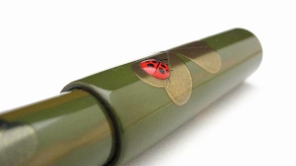 AGJ Maki-e Fountain Pen Ladybug05