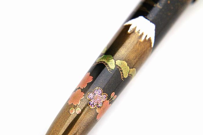 AGJ Maki-e Fountain Pen Double Cranes with Mt. Fuji10