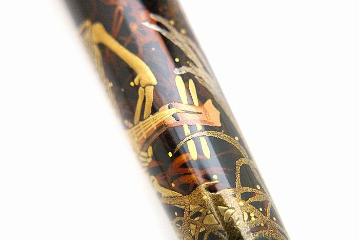 AGJ Maki-e Fountain Pen Skeleton BIWA Minstrel11