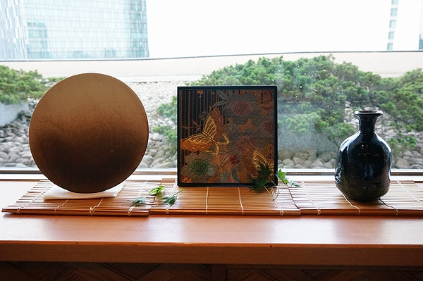 AGJ Kimono-Glass Dish butterfly06