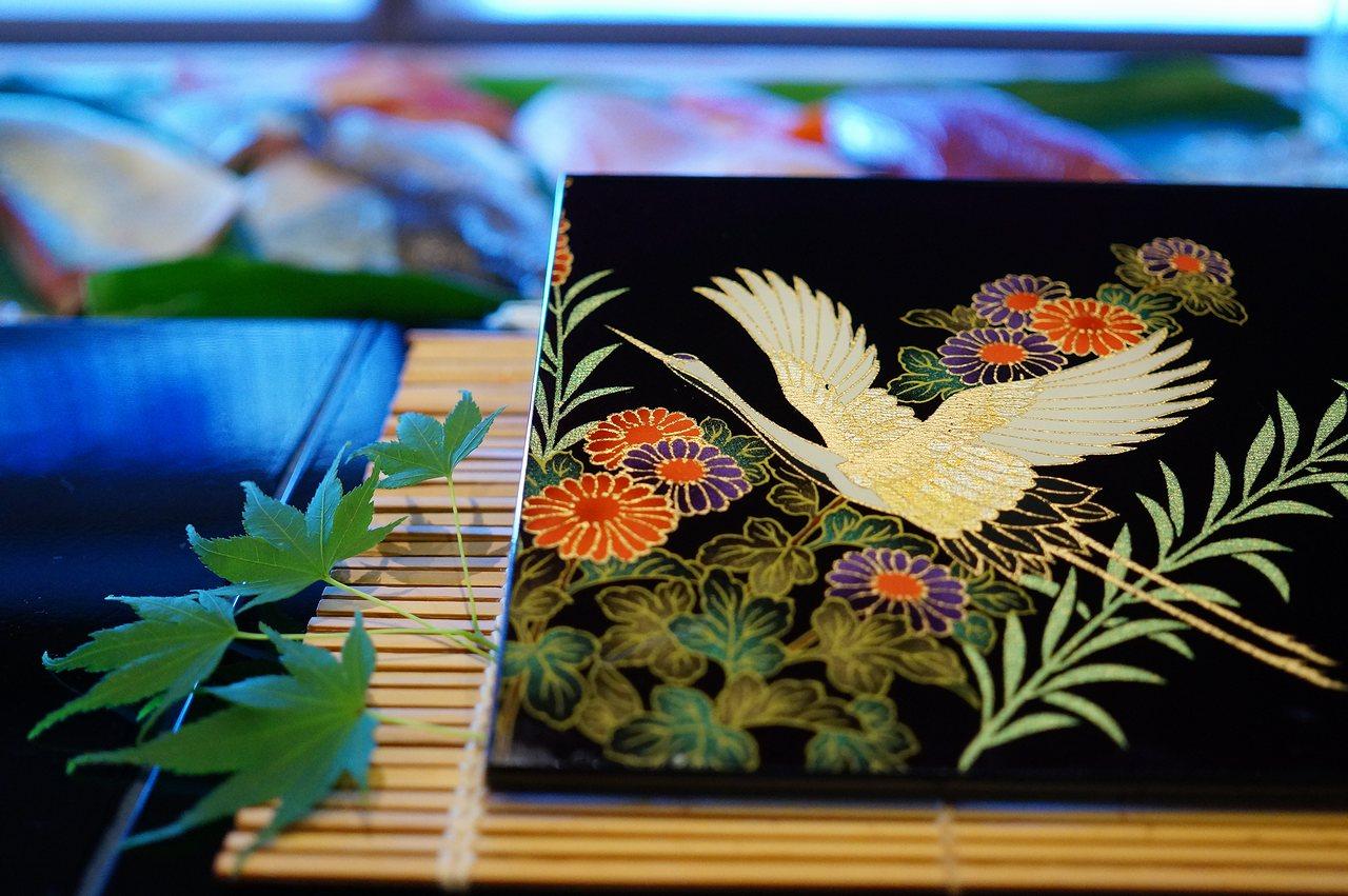 "Photo1: AGJ Original Kimono-Glass Dish / Plate ""Crane"" Nishijin Yuzen Kyoto (1)"